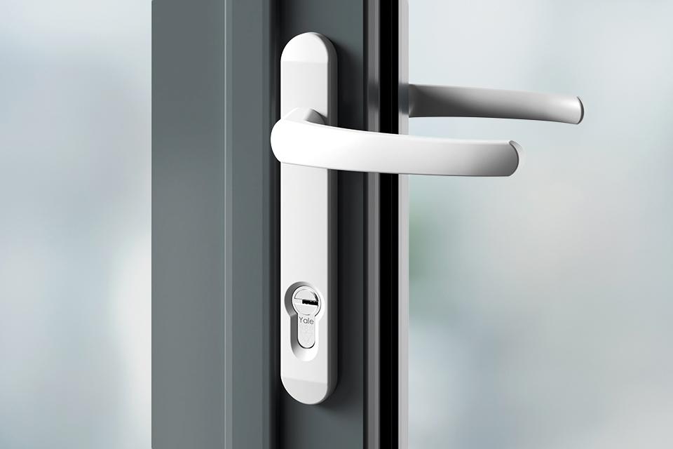 Door handles white